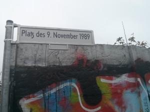 Platz des 9. November 2989, donde comenzó a caer el Muro de Berlin
